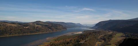 Panorama de gorge du fleuve Columbia dans le nord-ouest Pacifique images stock