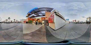 panorama de 360 grados del centro comercial de Zenia Boulevard del La Imagen de archivo