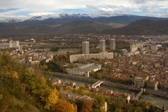 Panorama de Grenoble images stock
