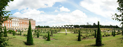 Panorama de Hampton Court Photographie stock