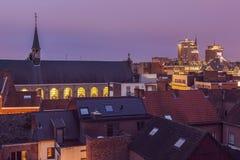 Panorama de Hasselt en la noche Fotos de archivo