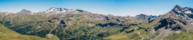 Panorama de haute route alpine de Grossglockner, Autriche photos libres de droits