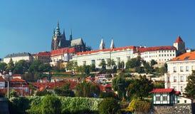 Panorama de Hradcany e de castelo de Praga Fotos de Stock