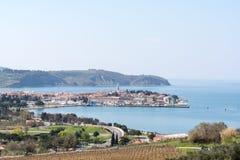 Panorama de Izola em Eslovênia fotos de stock