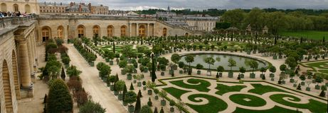Panorama de jardin d'orange de Versailles Photographie stock libre de droits