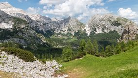 Panorama de Julian Alps en parc national de Triglav, Slovénie photos stock