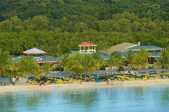 Panorama de la bahía de caoba en Roatan, Honduras Fotografía de archivo