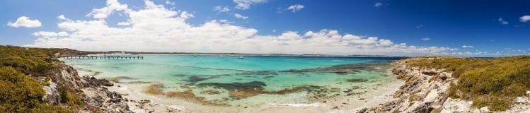 Panorama de la bahía de Vivonne en la isla del canguro, sur de Australia imagenes de archivo