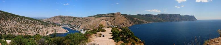 Panorama de la bahía y del cabo Ajja de Balaklavsky Imagenes de archivo