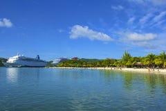 Panorama de la baie d'acajou dans Roatan, Honduras Images libres de droits