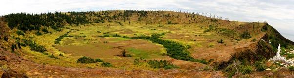 Panorama de la bouche d'un volcan photos libres de droits