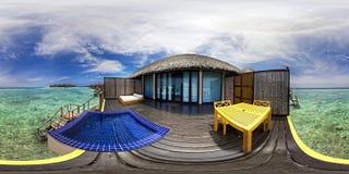 Panorama de la casa de campo en los Maldivas Imágenes de archivo libres de regalías