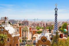 Panorama de la ciudad de Barcelona del parque Guell Imágenes de archivo libres de regalías