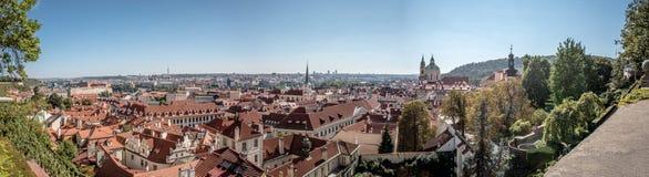 Panorama de la ciudad de Praga Imagenes de archivo
