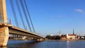Panorama de la ciudad de Riga imagen de archivo libre de regalías
