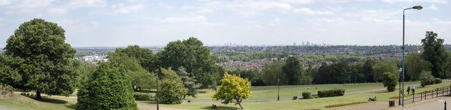 Panorama de la ciudad de Londres del palacio de alexandra imágenes de archivo libres de regalías