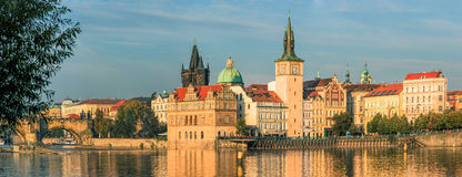 Panorama de la ciudad vieja de Praga Imagen de archivo