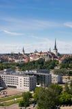Panorama de la ciudad vieja de Tallinn Foto de archivo libre de regalías