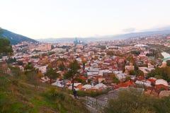 Panorama de la ciudad vieja de Tbilisi Imagen de archivo