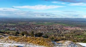 Panorama de la colline de Cleeve regardant au-dessus de Cheltenham et à Severn Plain au-delà photos libres de droits