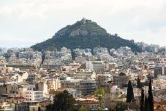 Panorama de la colline de Lycabettus et du labyrinthe de rues de la capitale grecque Athènes Images stock