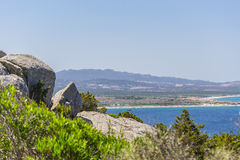 Panorama de la costa cerca de Palau Cerdeña, Italia Fotos de archivo