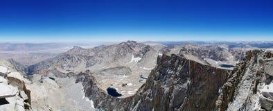 Panorama de la cumbre de Mount Whitney imagen de archivo