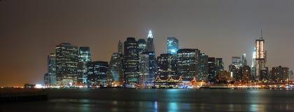 Panorama de la escena de la noche de New York City Foto de archivo libre de regalías