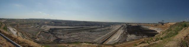 Panorama de la explotación minera a cielo abierto Imagen de archivo libre de regalías