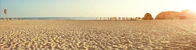 Panorama de la mañana del mar tropical Fotografía de archivo libre de regalías