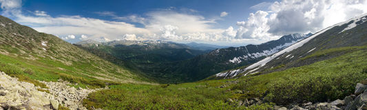 Panorama de la montaña Imágenes de archivo libres de regalías