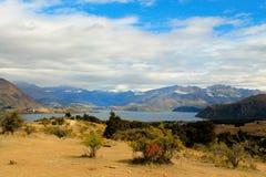 Panorama de la montaña de Wanaka del lago Imágenes de archivo libres de regalías