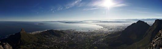 Panorama de la montaña del vector Imagen de archivo