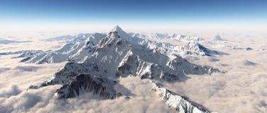 Panorama de la montaña sobre las nubes ilustración del vector