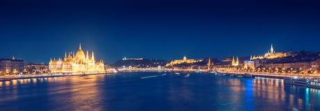 Panorama de la noche de Budapest Fotografía de archivo