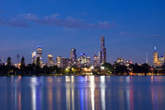 Panorama de la noche CBD de Melbourne Imagen de archivo