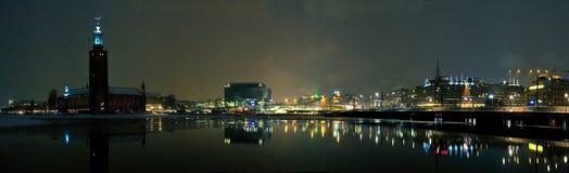 Panorama de la noche de Estocolmo imágenes de archivo libres de regalías