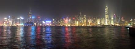 Panorama de la noche de Hong-Kong Foto de archivo libre de regalías