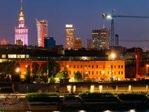 Panorama de la noche en los bulevares y la Varsovia del Vístula Fotografía de archivo libre de regalías