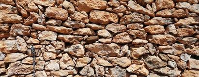 Panorama de la pared de piedra Imágenes de archivo libres de regalías