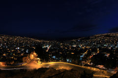 Panorama de La Paz, Bolivie de nuit Photographie stock