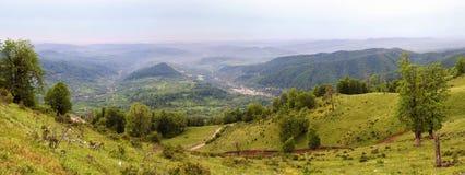 Panorama de la pista de la hierba Imagen de archivo libre de regalías