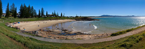Panorama de la playa y del océano Imagen de archivo libre de regalías