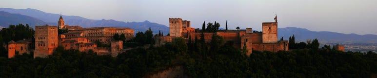 Panorama de la puesta del sol de Alhambra Fotografía de archivo libre de regalías