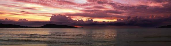 Panorama de la puesta del sol de Patong Fotografía de archivo