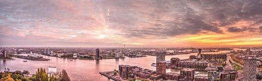 Panorama de la puesta del sol de Rotterdam imagen de archivo