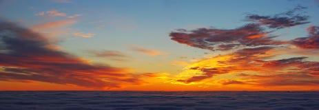 Panorama de la salida del sol Fotografía de archivo libre de regalías