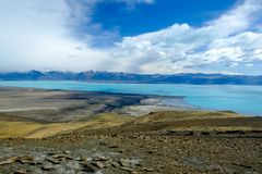 Panorama de lac Argentino près d'EL Calafate photo stock