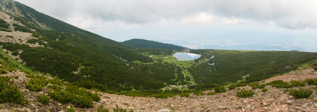 Panorama de lac Bezbog Photographie stock