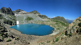 Panorama de lac de montagne Image libre de droits